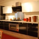 cucina moderna vetro nero